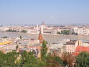 Parlament látképe a Budai várból